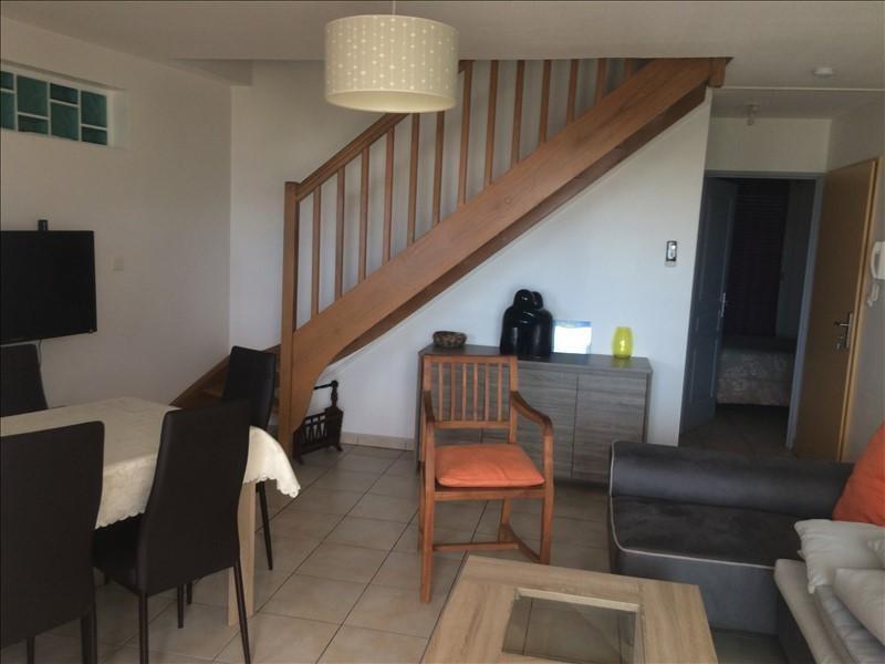 Sale apartment St gilles les bains 335000€ - Picture 2