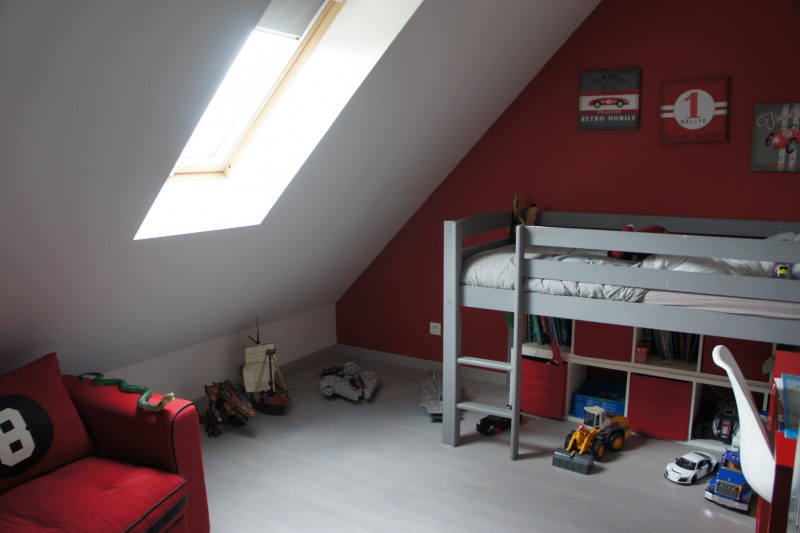 Sale house / villa Bu 320000€ - Picture 4