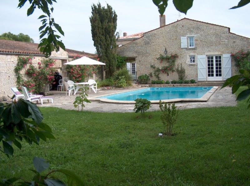 Deluxe sale house / villa Benon 595000€ - Picture 2