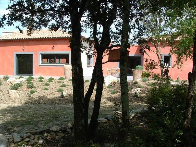 Vente de prestige maison / villa Uzes 599000€ - Photo 2
