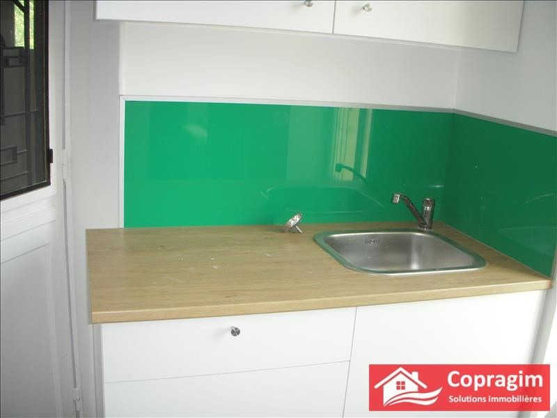 Rental house / villa Montereau fault yonne 750€ CC - Picture 3