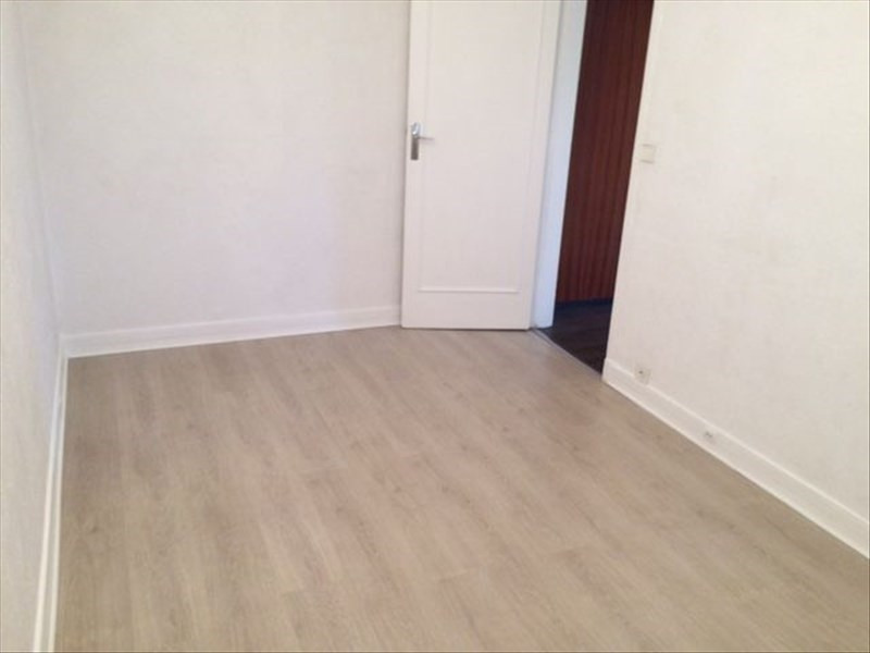 Location appartement Evry 722€ CC - Photo 7