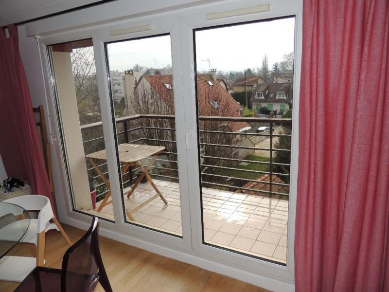 Vente de prestige appartement Chatou 379000€ - Photo 3