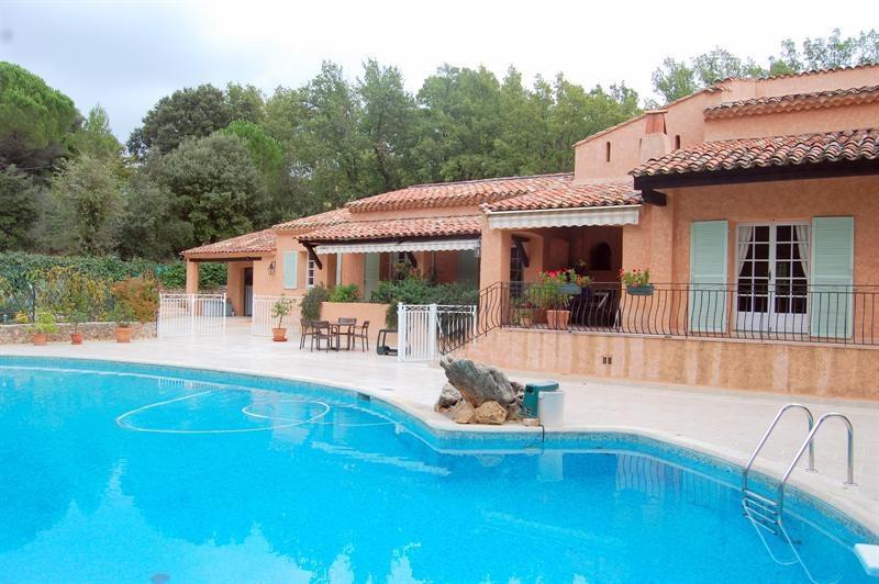 Vente de prestige maison / villa Bagnols en forêt 655000€ - Photo 6