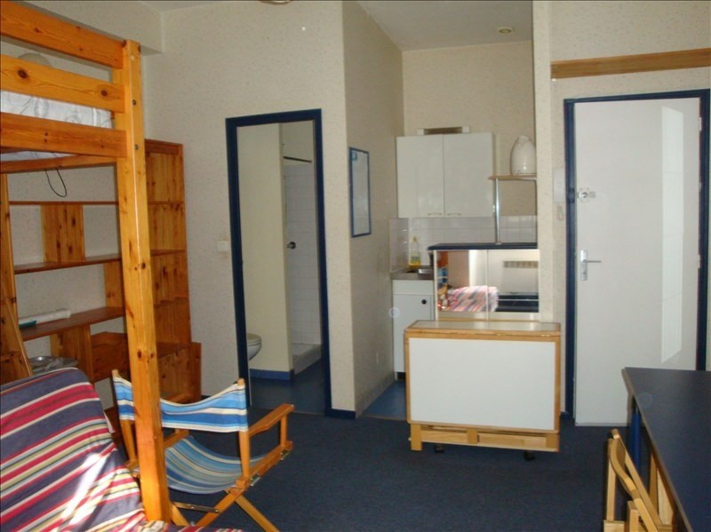 Rental apartment Nantes 405€ CC - Picture 1