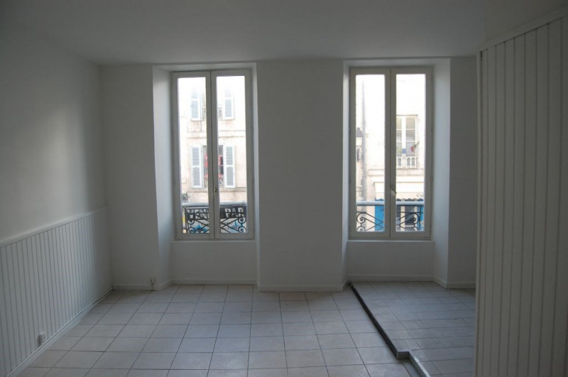 Sale apartment La rochelle 139 000€ - Picture 1