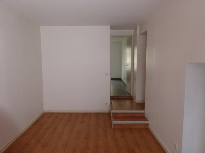 Investment property building Oullins 1100000€ - Picture 4