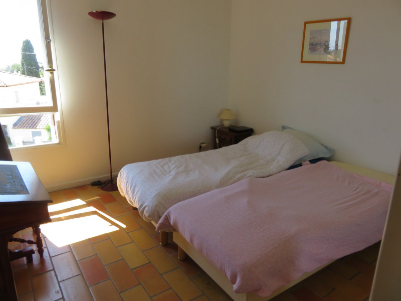 Location vacances appartement Bandol 650€ - Photo 5