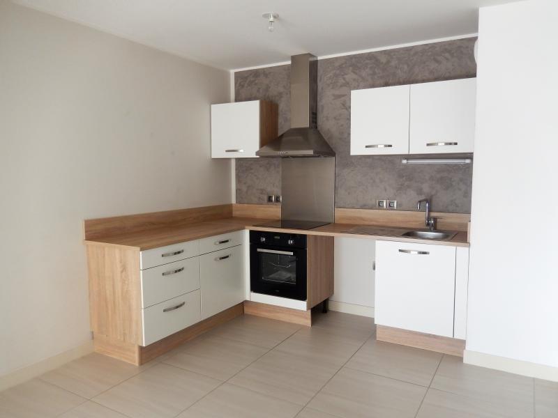 Deluxe sale apartment Lattes 215000€ - Picture 2