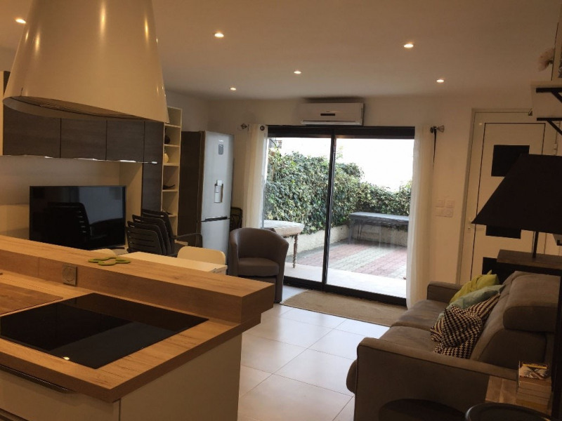Rental apartment Le grau du roi 785€ CC - Picture 2
