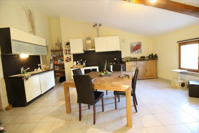 Vente appartement Le thor 133000€ - Photo 2