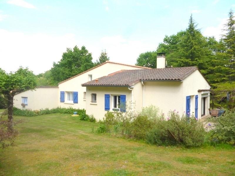 Sale house / villa St antoine sur l isle 232000€ - Picture 2