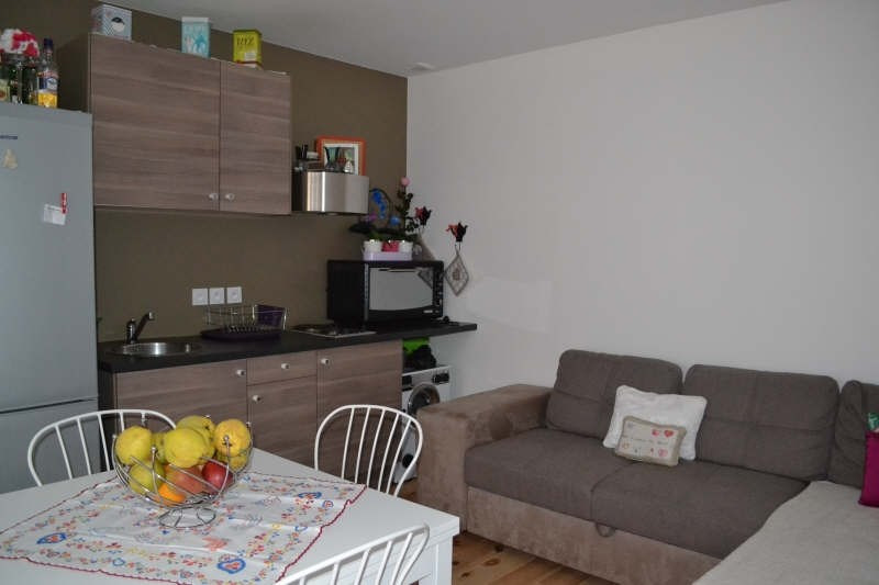 Location appartement Cognin 600€ CC - Photo 3