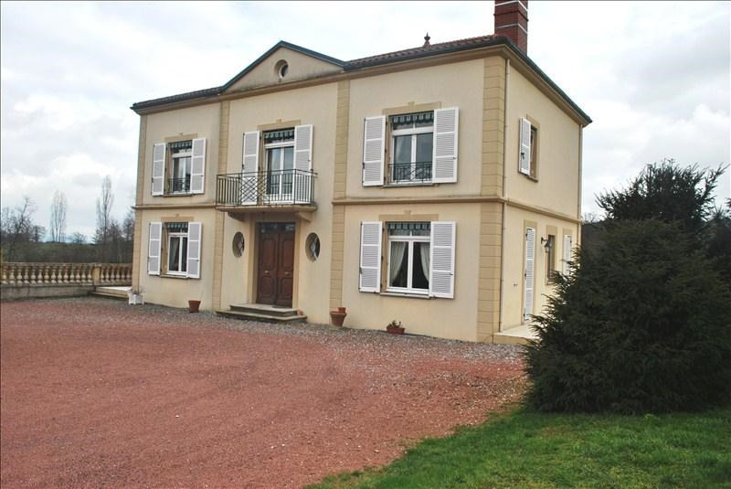 Deluxe sale house / villa Roanne 680 000€ - Picture 1