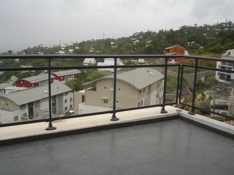 Location appartement St denis 833€ CC - Photo 5