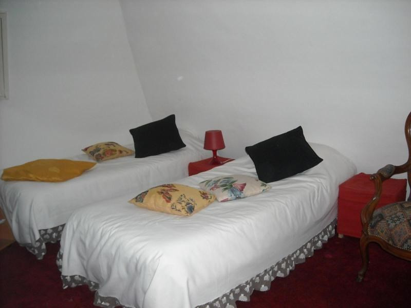 Location appartement Vichy 140€ CC - Photo 2