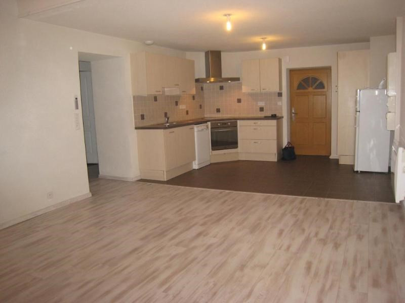 Location appartement Reignier-esery 1050€ CC - Photo 2