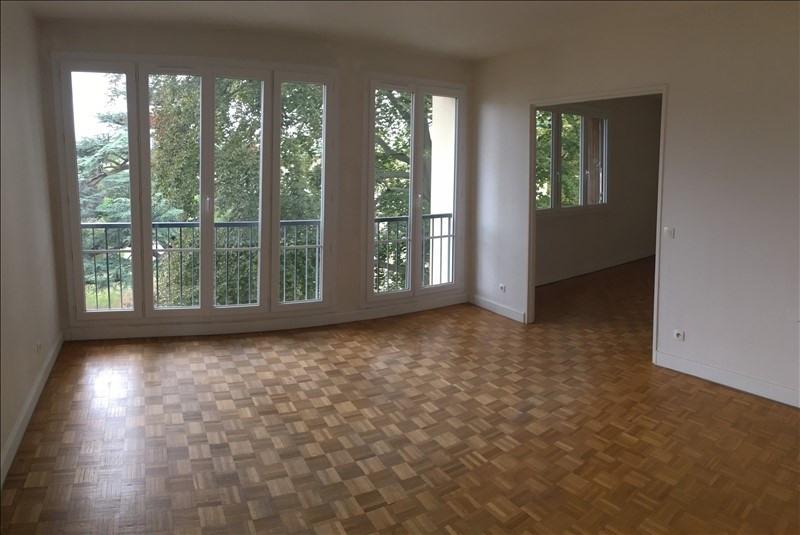 Rental apartment St germain en laye 1559€ CC - Picture 1