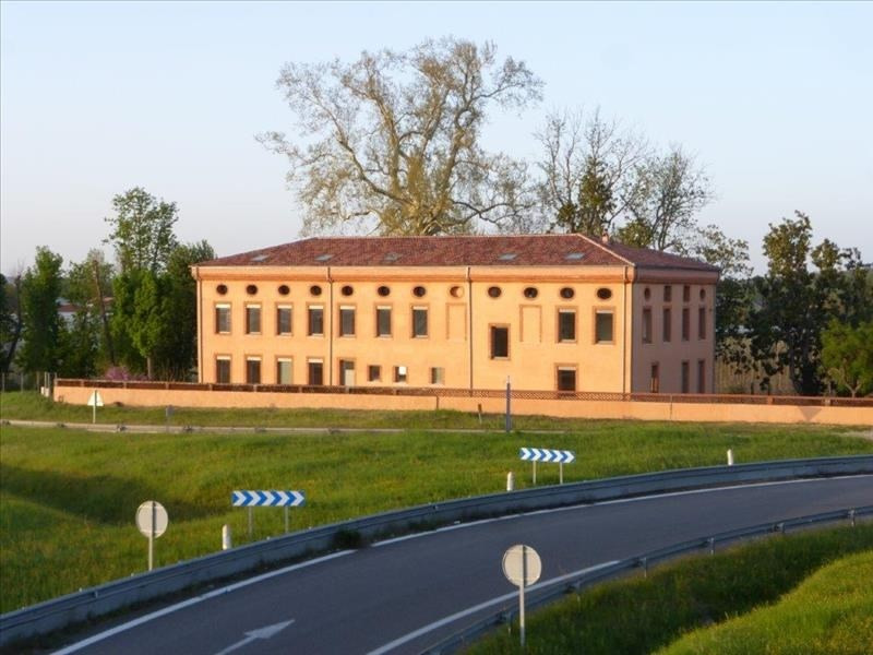 Location bureau Montauban 2 035€ HT/HC - Photo 1