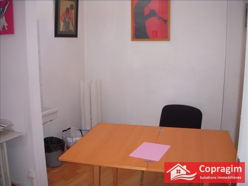 Location local commercial Montereau fault yonne 680€ HT/HC - Photo 3