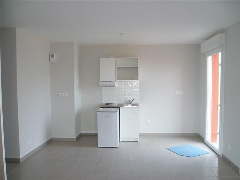 Location appartement Fleury sur orne 423€ CC - Photo 2