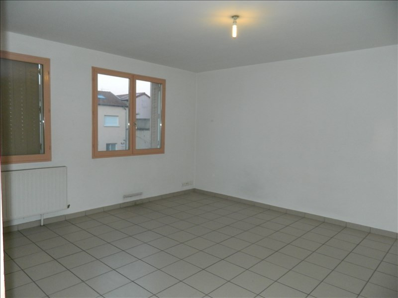 Rental apartment Roanne 315€ CC - Picture 1