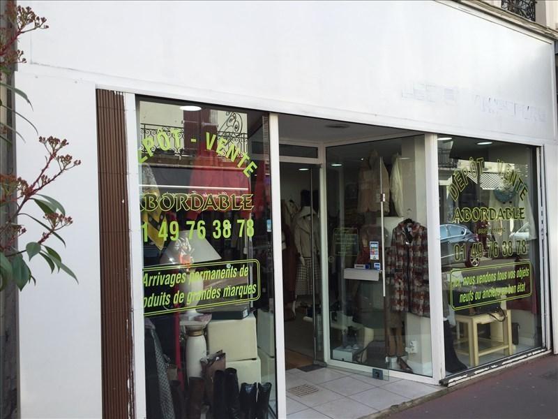 Rental shop La varenne st hilaire 2850€ HT/HC - Picture 2