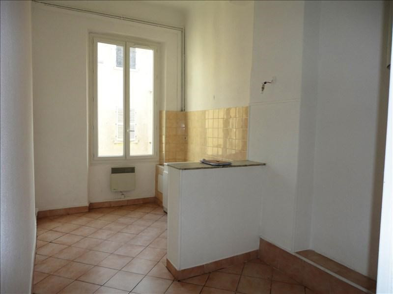 Rental apartment Toulon 550€ CC - Picture 1