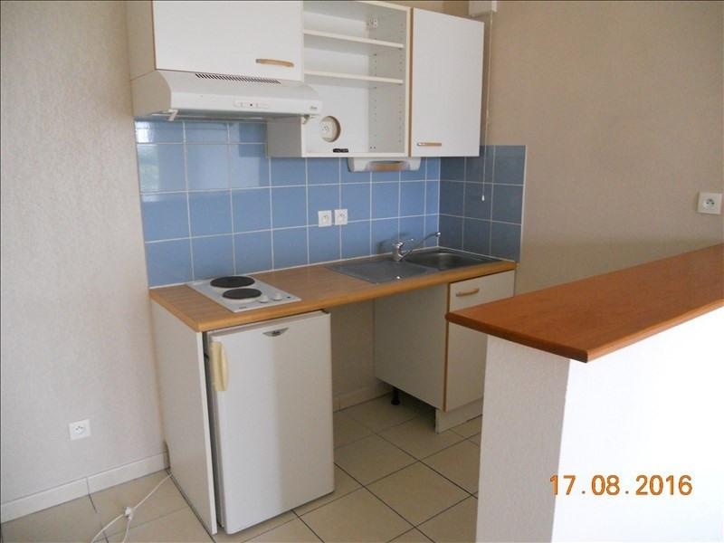 Location appartement Blaye 392€ CC - Photo 2