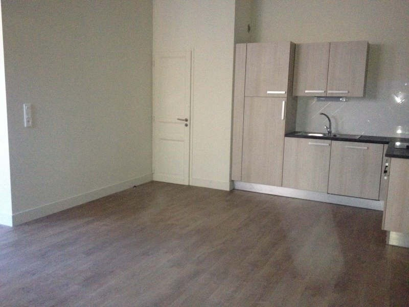 Location appartement Nimes 645€ CC - Photo 3