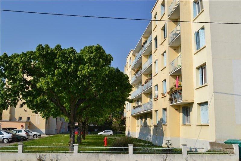 Sale apartment Montelimar 92 000€ - Picture 1