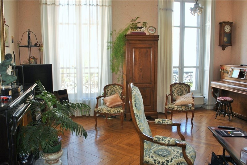 Deluxe sale apartment Roanne 190 000€ - Picture 3