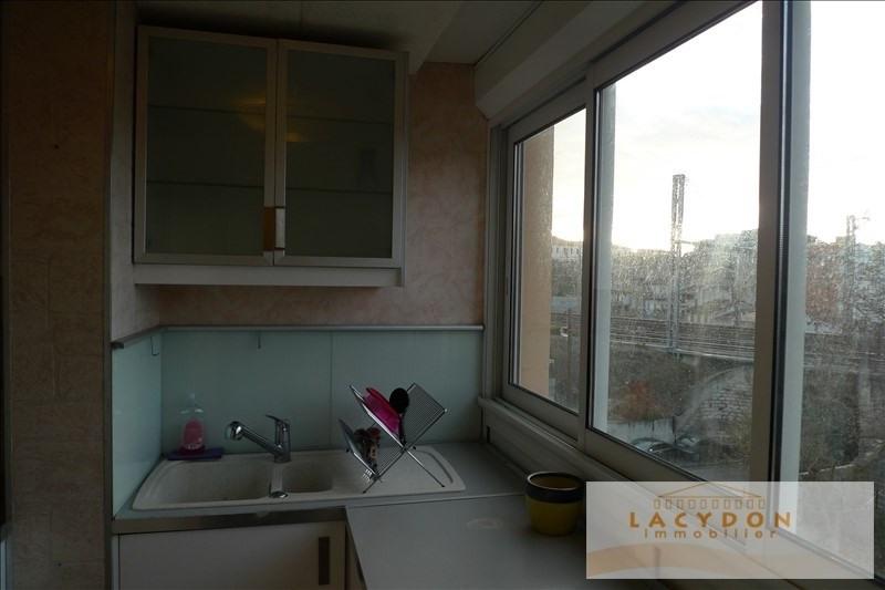Location appartement Marseille 4ème 770€ CC - Photo 3