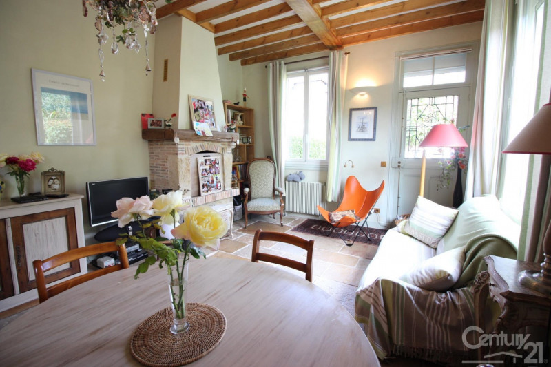 Revenda residencial de prestígio casa Deauville 575000€ - Fotografia 12