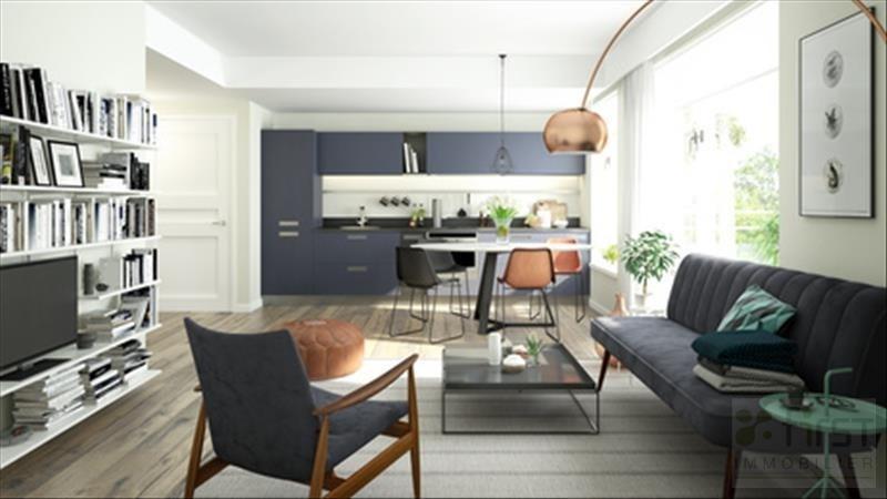 Sale apartment Sevrier 384000€ - Picture 1