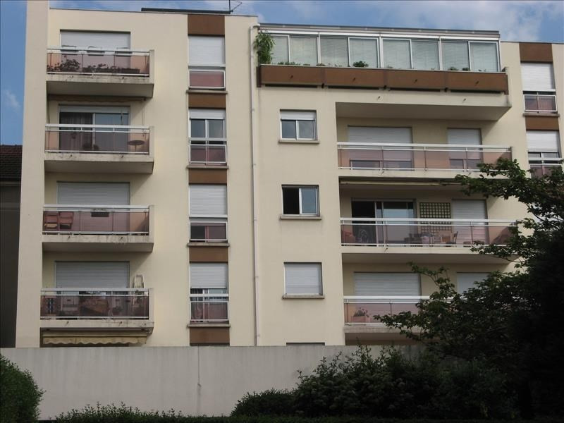 Rental apartment Le raincy 670€ CC - Picture 1