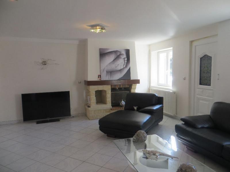 Sale house / villa Lezoux 169000€ - Picture 1