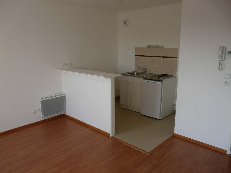 Rental apartment St omer 465€ CC - Picture 4