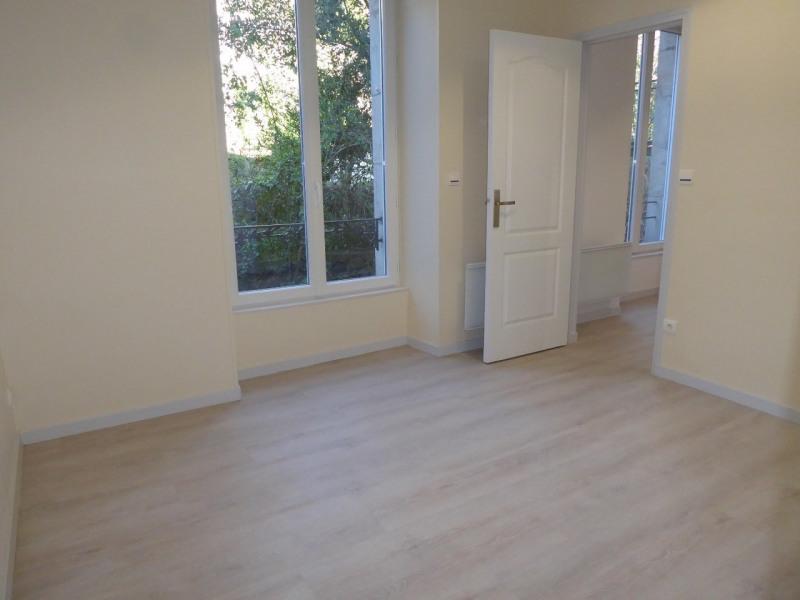 Location appartement Vals-les-bains 377€ CC - Photo 6