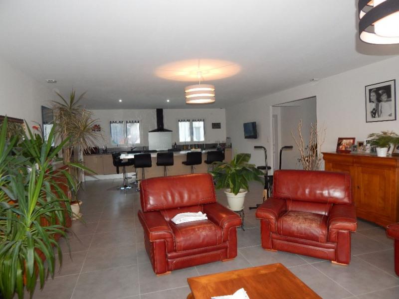 Sale house / villa Saujon 349800€ - Picture 3
