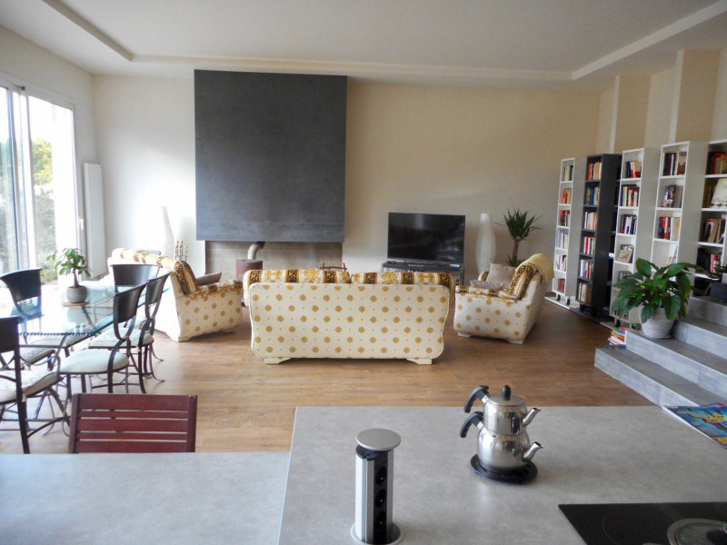 Vente maison / villa Ormesson sur marne 725 000€ - Photo 3