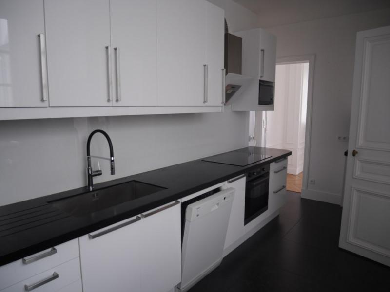 Location appartement Paris 17ème 4500€ CC - Photo 3
