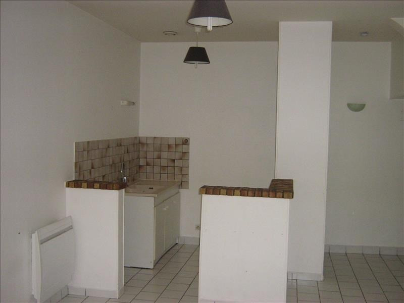 Rental apartment Nevers 330€ CC - Picture 3