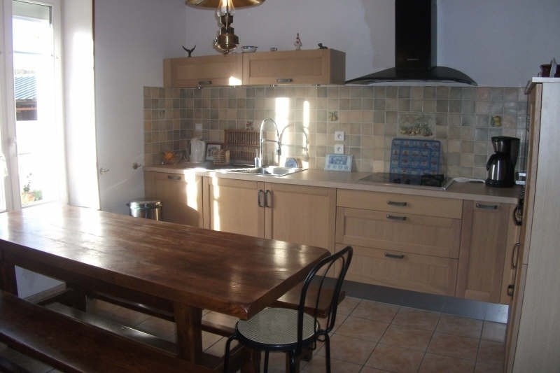 Sale house / villa Plouhinec 135 980€ - Picture 5