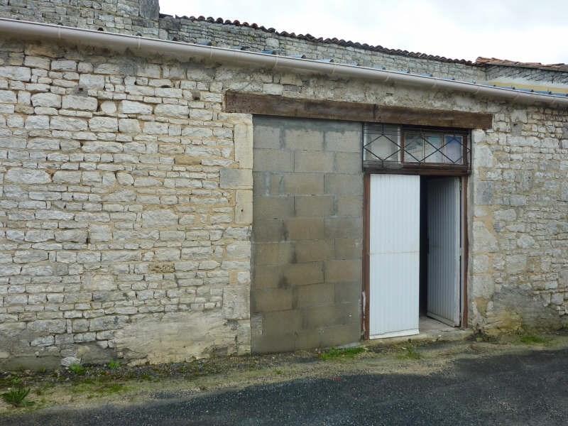 Sale house / villa Beauvais sur matha 64800€ - Picture 10
