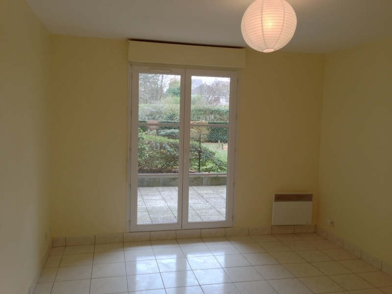 Rental apartment Palaiseau 601€ CC - Picture 2