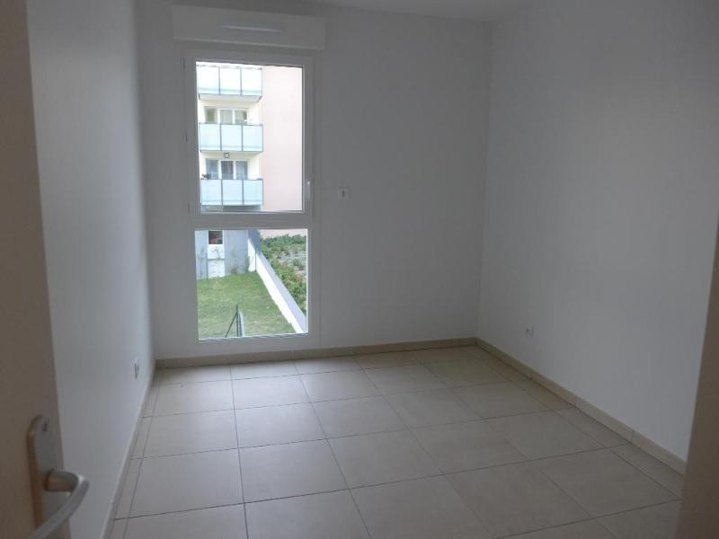 Rental apartment Vernaison 735€ CC - Picture 3