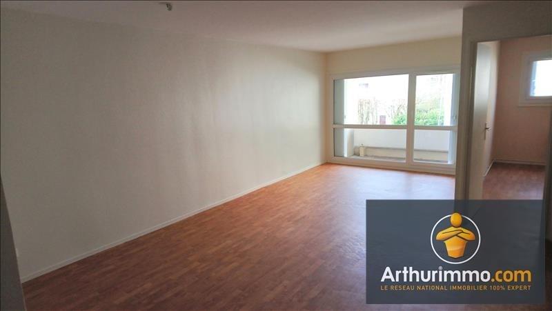 Rental apartment Savigny le temple 670€ CC - Picture 1