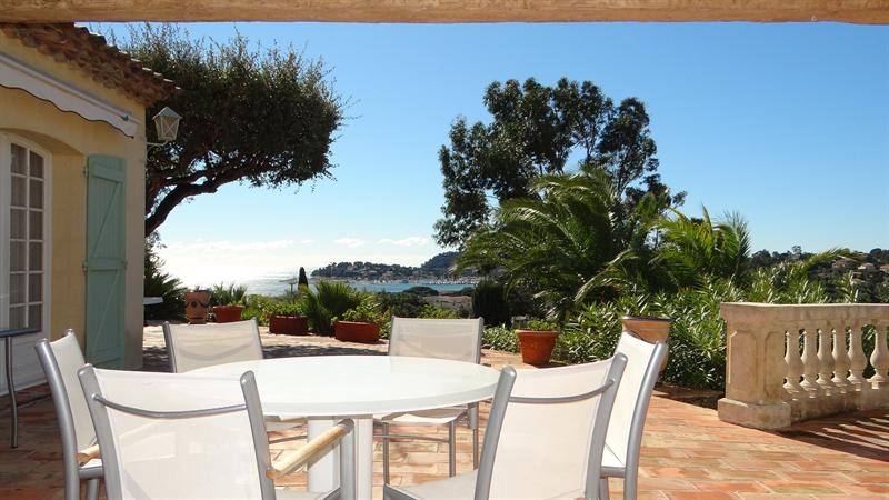 Vacation rental house / villa Cavalaire sur mer 1 000€ - Picture 10