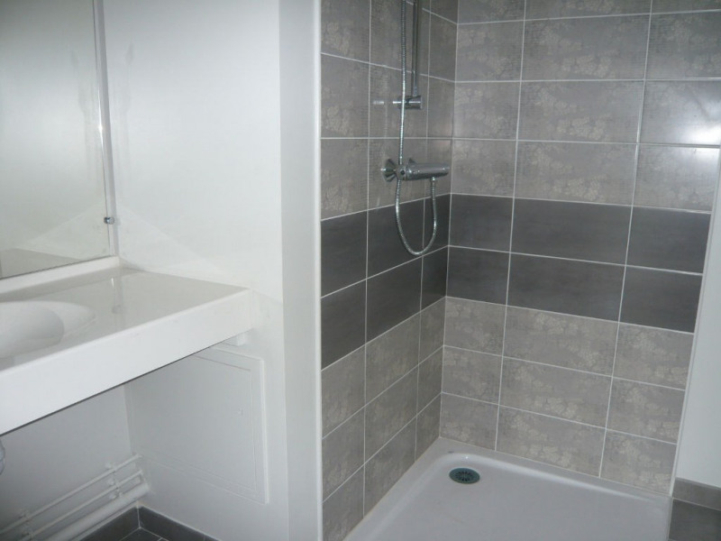 Sale apartment Meslay du maine 102 100€ - Picture 2